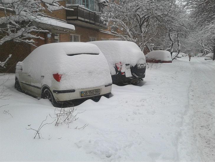 Полтава потерпає від снігопадів - фото 1