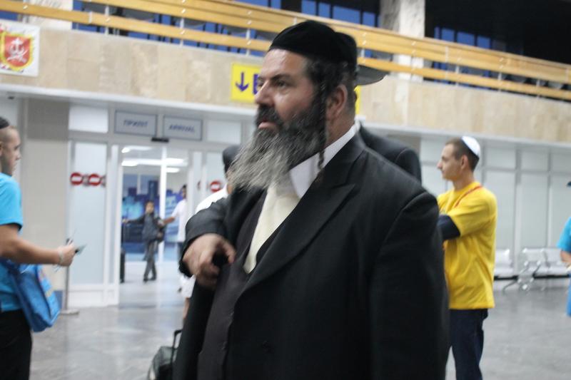 Вінницький аеропорт прийняв перших паломників-хасидів - фото 15