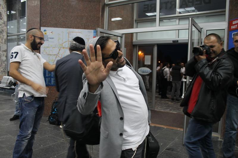 Вінницький аеропорт прийняв перших паломників-хасидів - фото 6