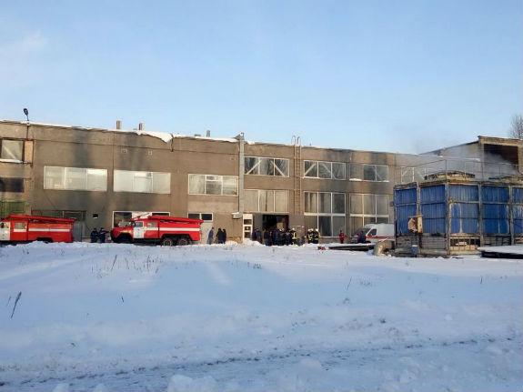 Назаводе «Квазар» вКиеве произошел взрыв ипожар, есть пострадавшие
