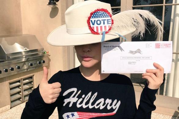 Як голосують американські зірки (ФОТОРЕПОРТАЖ) - фото 1