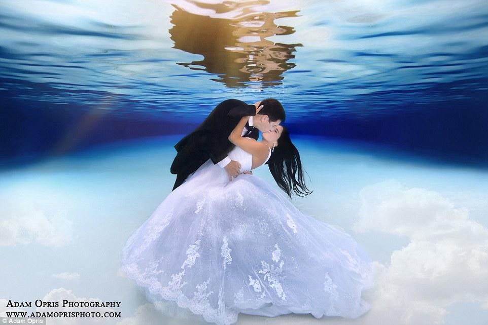 Неймовірні весільні фото під водою, через які хочеться затамувати подих - фото 5