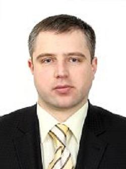 """Вінницький прокурор задекларував 150 """"квадратів"""" житла і БМВ за півмільйона - фото 1"""