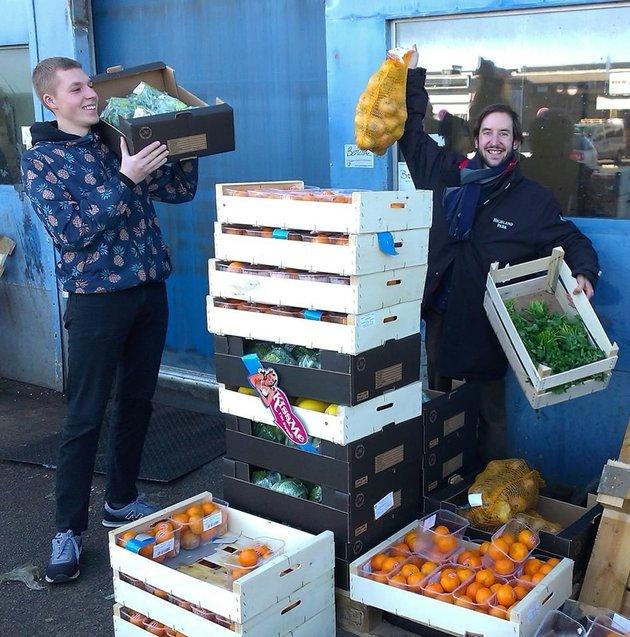У Данії супермаркет, який продає прострочені продукти, відкриває нову філію - фото 4