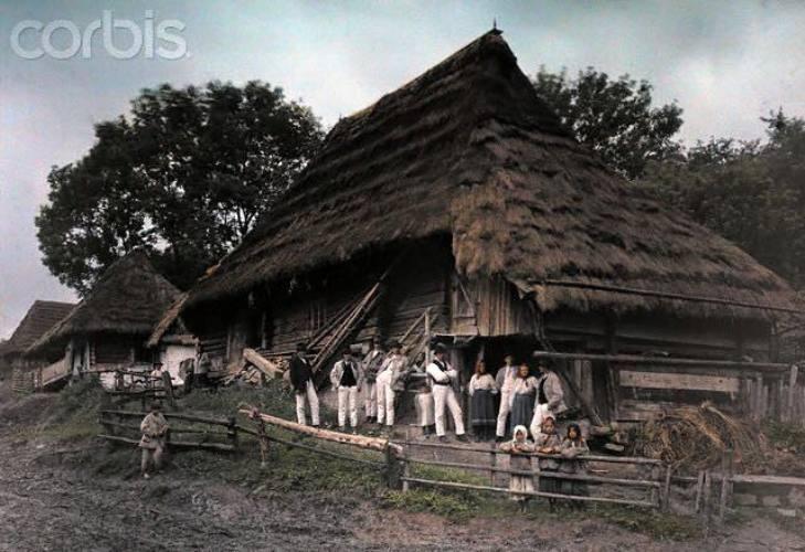 Як колоритно виглядало Закарпаття та закарпатці у минулому столітті - фото 5