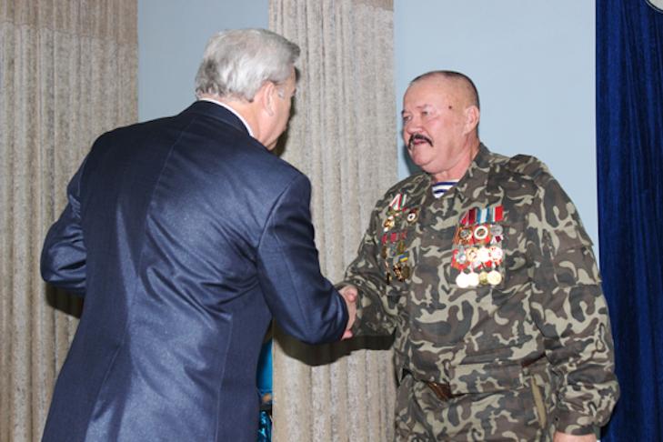 У Лубнах нагородили медалями українських захисників - фото 2