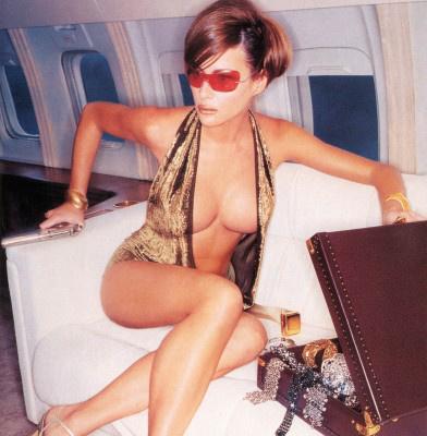 Напівгола Перша леді США: Як Меланія Трамп демонструвала свої принади у відвертих фотосесіях - фото 8