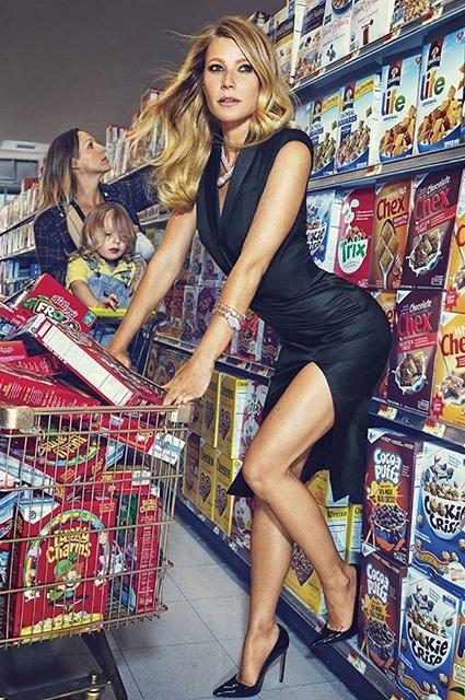 Гвінет Пелтроу засвітила голі сідниці у супермаркеті - фото 2