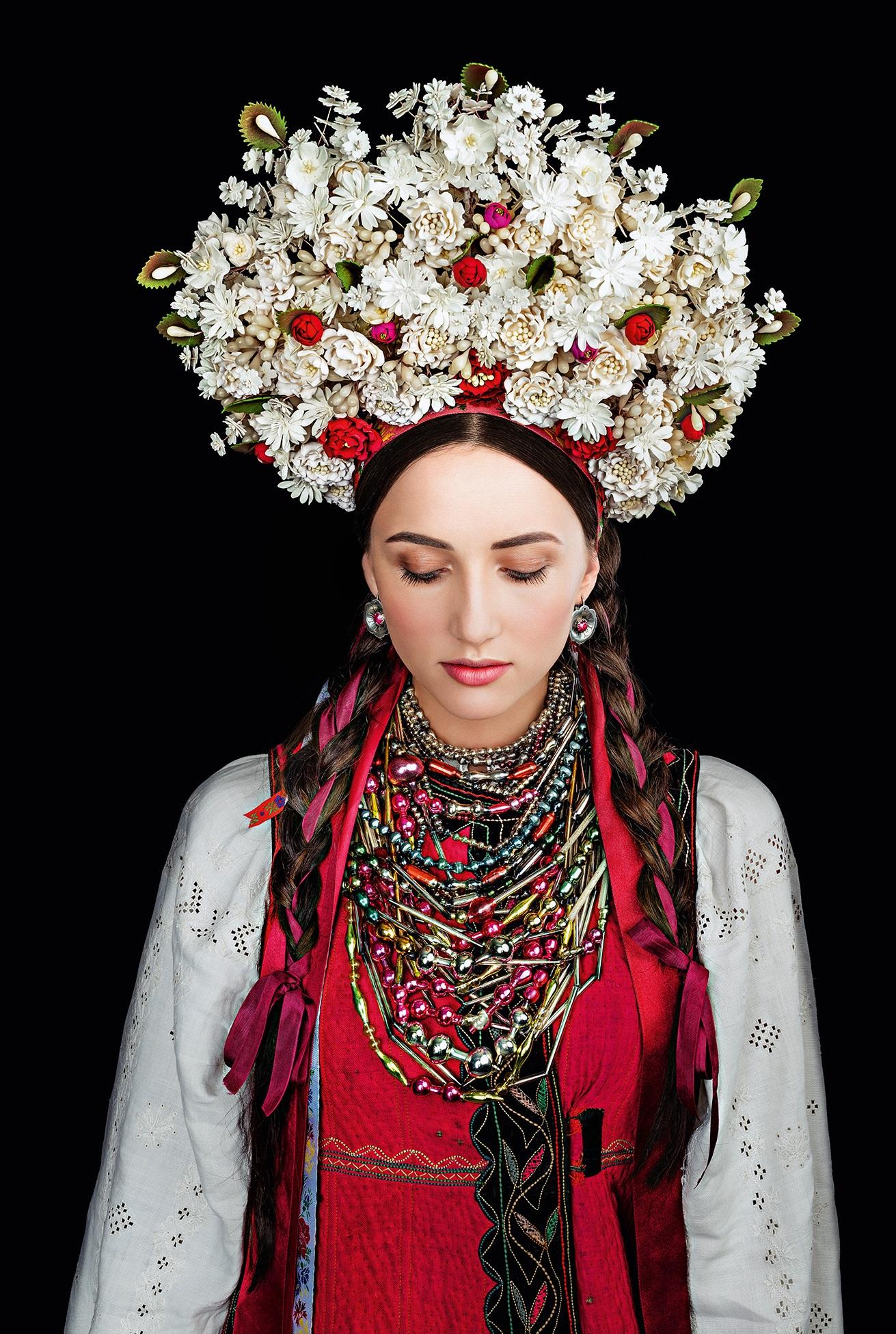 Кароль, Фреймут, Єфросиніна вбралися у розкішне українське вбрання - фото 2