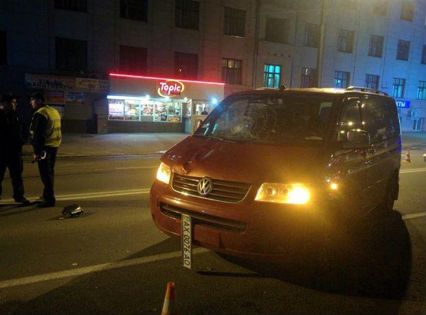 У центрі Харкова мікроавтобус збив на смерть людину - фото 1