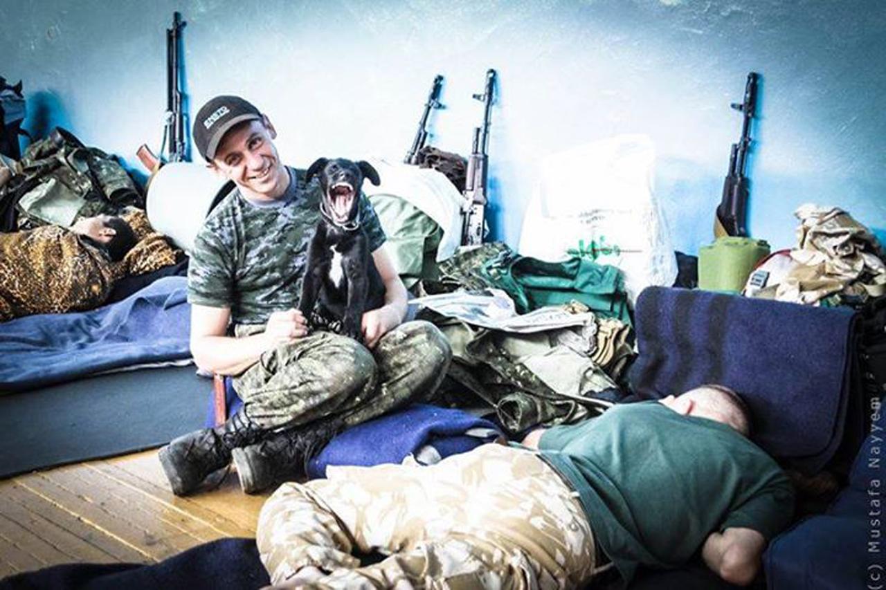 Чим займаються на Донбасі найкращі друзі бійців АТО - 8 - фото 1