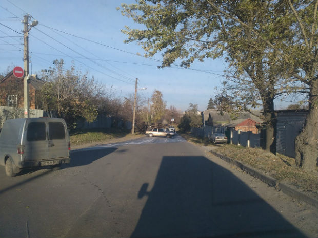 На Новій Баварії перекинулася вантажывка з цистерною для води (ФОТО) - фото 3
