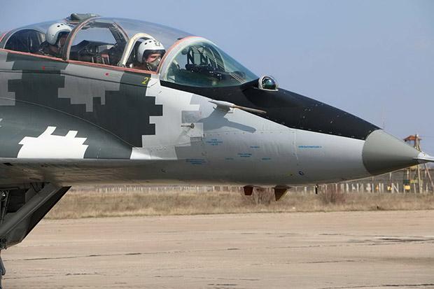 На Харківщині майбутні військові льотчики завершили цьогорічну практику - фото 2