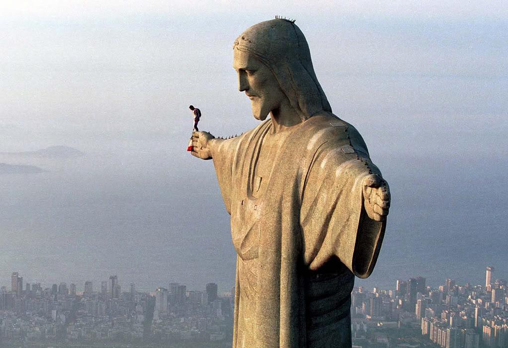 Історія дня: Іісус Христос, якому виповнилося 85 років - фото 3