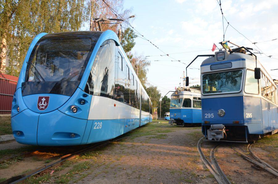 Як у Вінниці роблять власні трамваї з дизайном від тюнингувальників Феррарі - фото 11