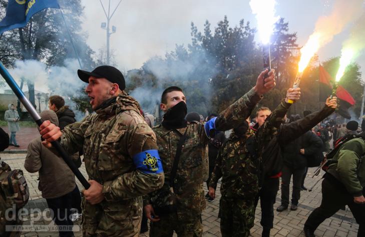 """Як """"Свобода"""" перейняла методи """"Азова """" у піар-акціях - фото 26"""