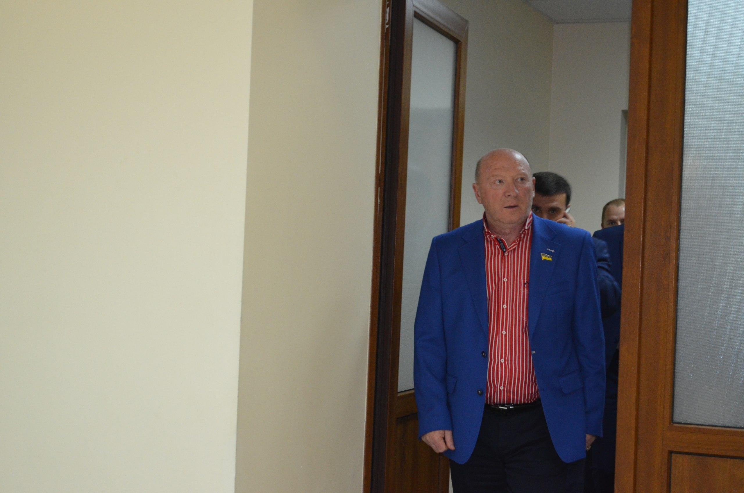 """Миколаївський депутат """"наїхав"""" на Адміністрацію президента, бо не побачив Савченка - фото 2"""