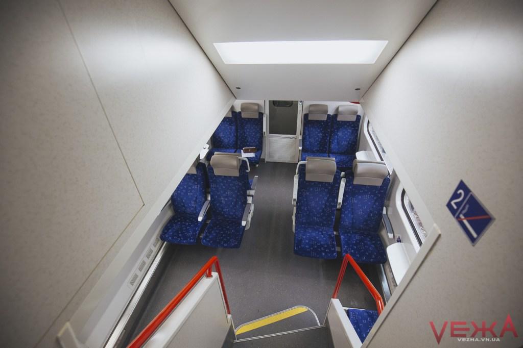 Вінничани прогулялися вагонами двоповерхового поїзда  - фото 4