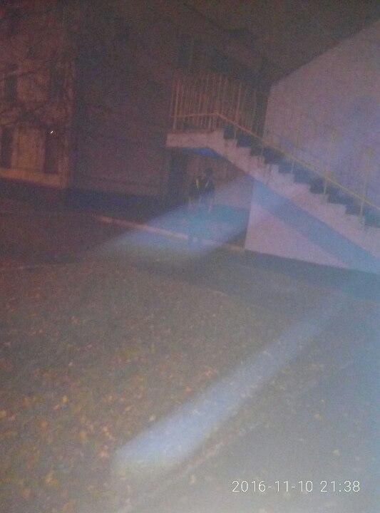 У Харкові на території школи знайшли труп молодого чоловіка (ФОТО 18+) - фото 1