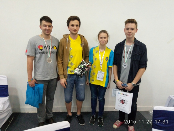 Еко-робот десятикласниці з Вінниці став одним з кращих на міжнародній олімпіаді в Індії - фото 1