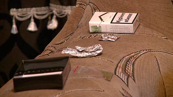 Вінницькі наркоторговки робили закладки з наркотиків по всьому місту  - фото 1