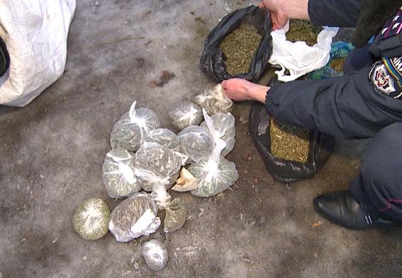 Нівроку апетит: Вінницький наркоторговець намагався довести, що півцентнера наркотиків тримав для власного вживання - фото 5
