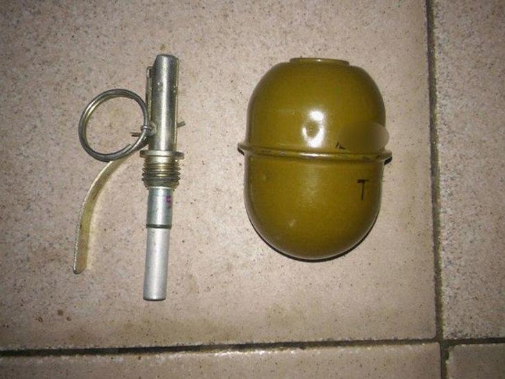 На Полтавщині пияка носив у кишені бойову гранату - фото 1