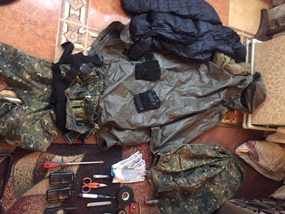 Вінницька поліція спіймала банду озброєних злочинців (ФОТО, ВІДЕО) - фото 4