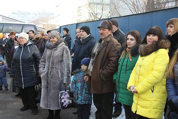 """Батальйон """"Вінниця"""" повернувся з зони АТО з новими чотирилапими друзями - фото 2"""
