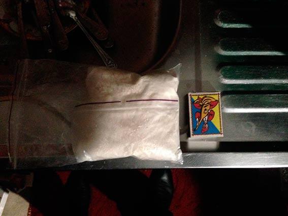 Вінницькі наркоторговки робили закладки з наркотиків по всьому місту  - фото 2