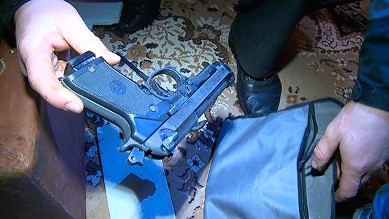 Вінницькі наркоторговки робили закладки з наркотиків по всьому місту  - фото 4