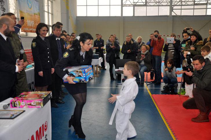 У Полтаві відбувся чемпіонат з кіокушинкай карате - фото 1