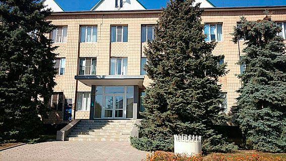 На Миколаївщині депутат райради збирав хабарі у скриньку для допомоги АТОшника