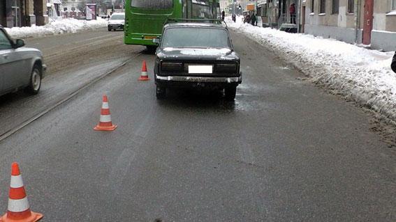 Смертельна аварія в Харкові: опубліковані знімки (ФОТО)  - фото 1