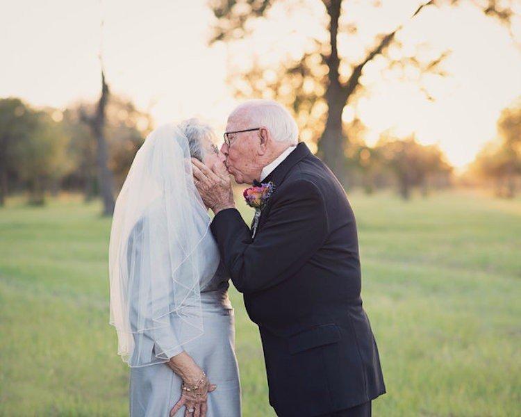 Як зворушливо закохана пара відсвяткувала 70 років весілля - фото 2