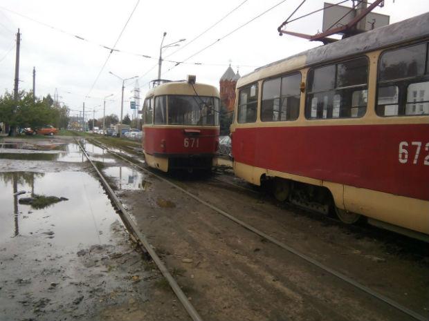На Салтівці трамвай злетів із рейок - фото 3