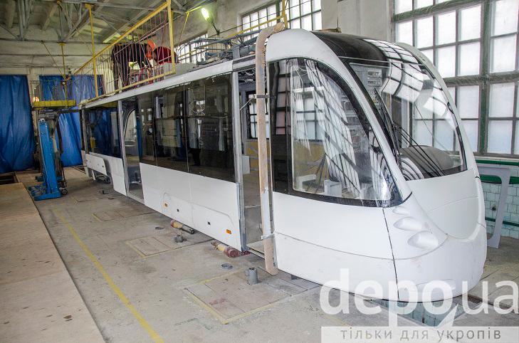 Як у Вінниці виготовляють четвертий трамвай VinWay, що вже скоро стане на рейки - фото 3