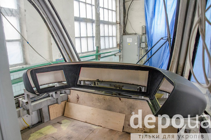 Як у Вінниці виготовляють четвертий трамвай VinWay, що вже скоро стане на рейки - фото 5