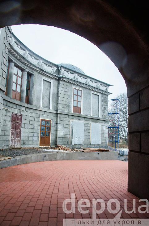 Як на Вінниччині за гроші Євросоюзу реставрують двохсотлітній палац Можайського  - фото 9