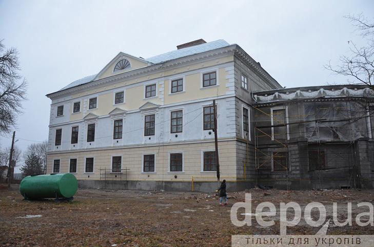 Як на Вінниччині за гроші Євросоюзу реставрують двохсотлітній палац Можайського  - фото 7