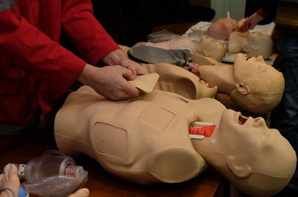 У Дніпрі центру медицини катастроф подарували манекени - фото 1