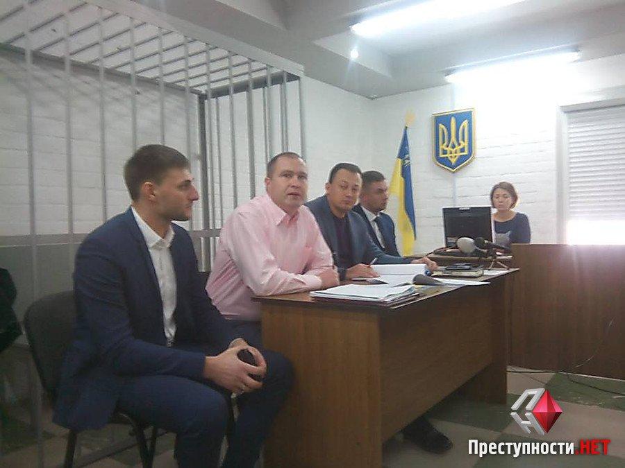 Нерви не витримали: Дебошир пояснив, чому кидався на патрульних в центрі Миколаєва