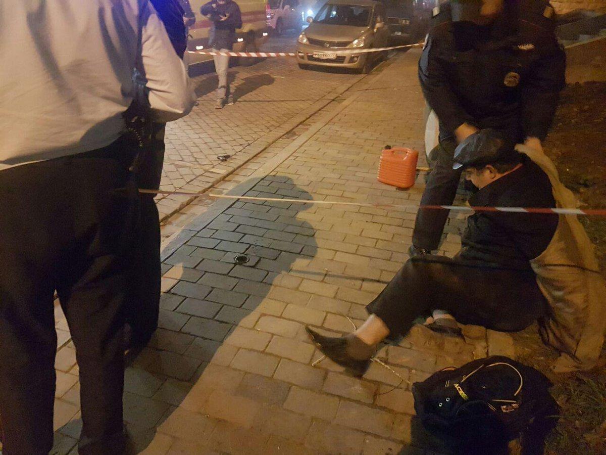 Чоловік зканістрою бензину напав насинагогу уцентрі Москви