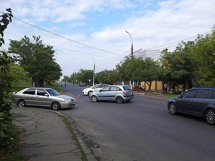 """У Миколаєві через вибухонебезпечний """"металобрухт"""" перекрили цілий квартал - фото 3"""