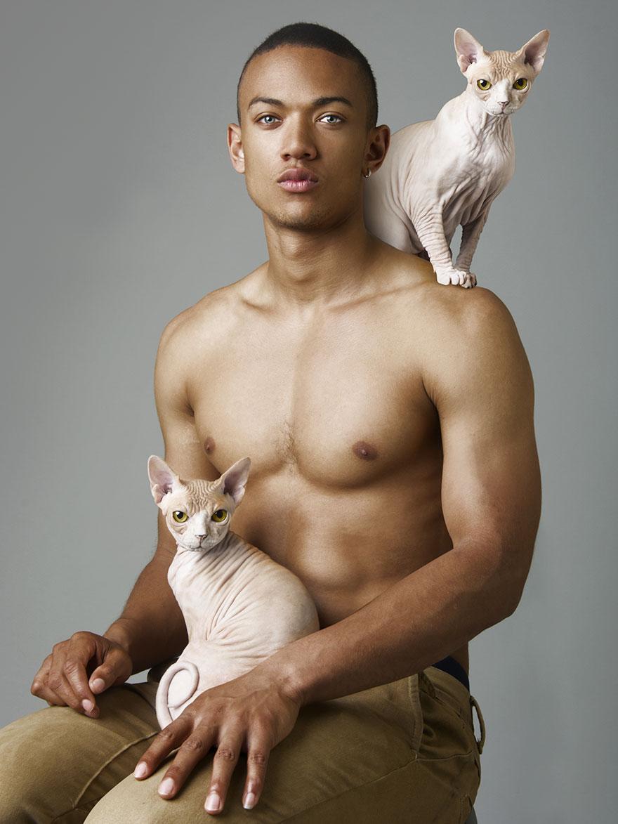 Сексуальні оголені чоловіки і котики: наймиліша фотосесія підірвала мережу - фото 6