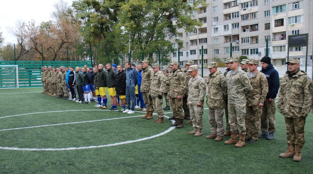 Миколаївські десантники вибороли Кубок Командувача ВДВ з футзалу - фото 2