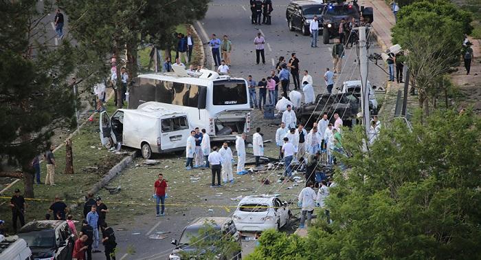 У Туреччині біля поліцейського відділку прогримів вибух, є загиблі - фото 1