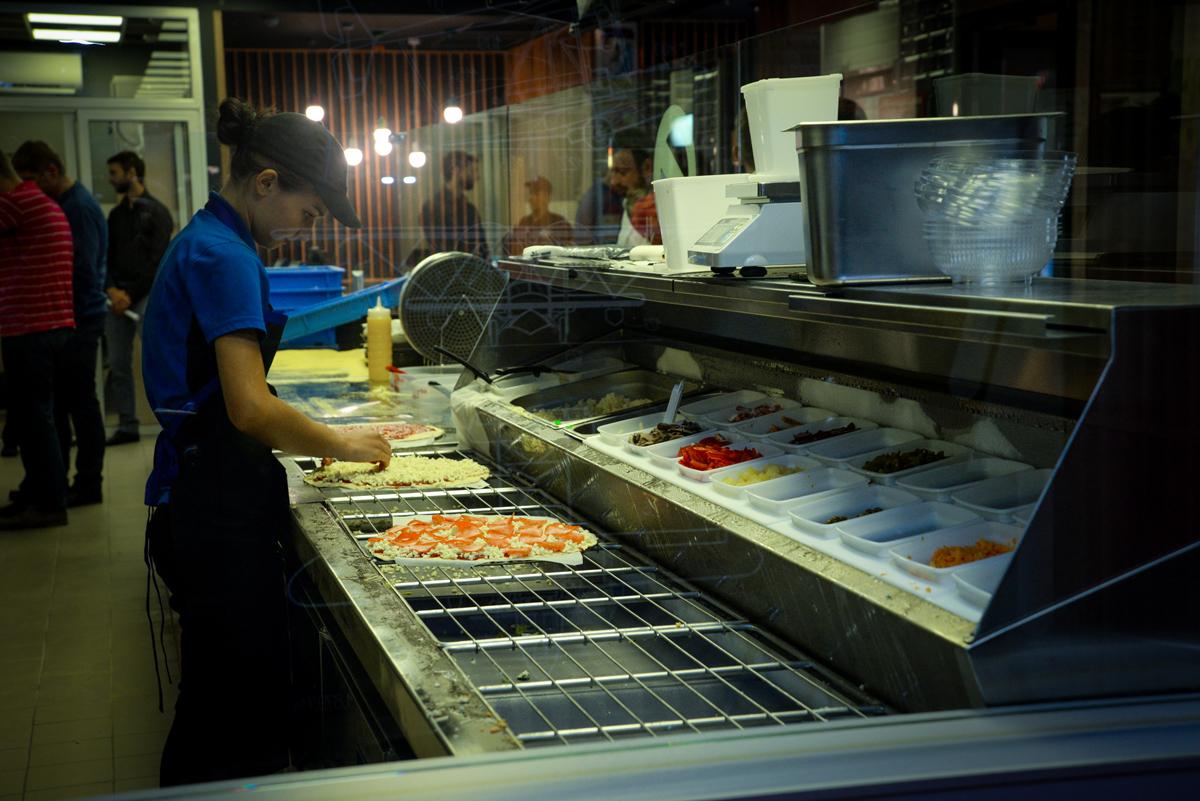 Domino's Pizza теперь доставляет по всему Киеву - фото 8