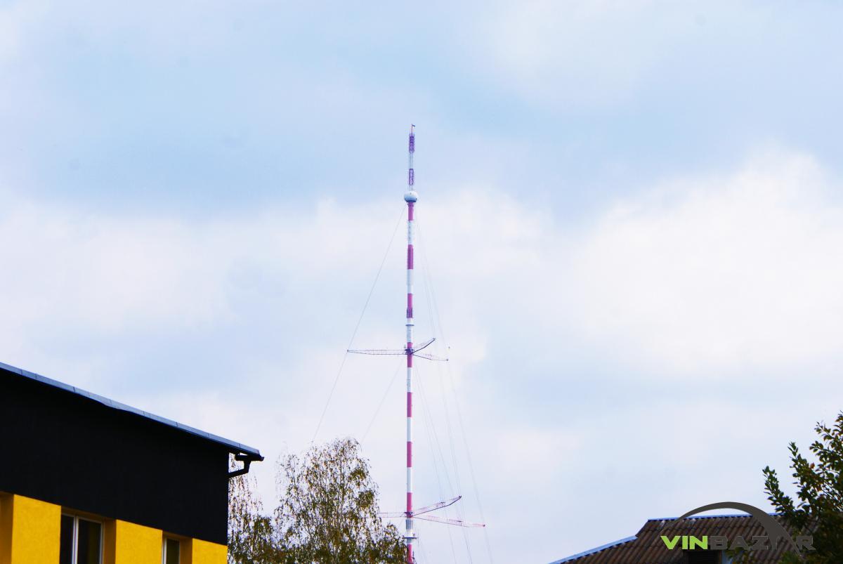 У Вінниці встановили жовто-блакитний прапор на висоті 354 метрів - фото 1