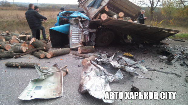 У Харкові стали відомі подробиці смертельної ДТП на київській трасі (ФОТО 18+) - фото 1